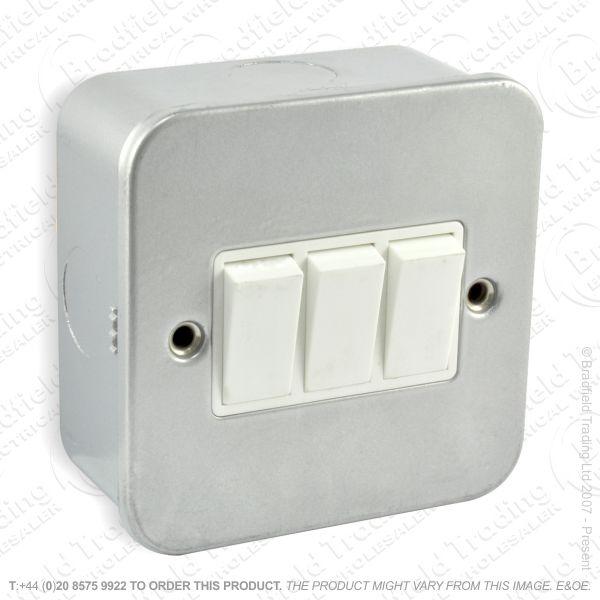 I29) Switch Metal Clad 10A 3G 2w ECO